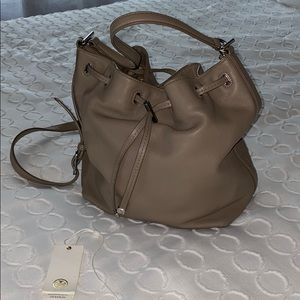Tory Burch LeatherBucket Bag French Gray GUC